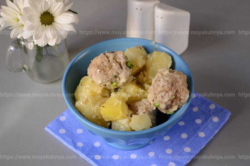 тушеная картошка с фрикадельками рецепт